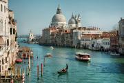 Ah, the very idea of drinking Lucas & Lewellen wine in Venice!